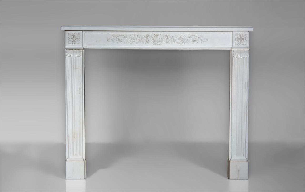 marquis de condorcet chemin e de style louis xvi d cor de rinceaux v g taux en marbre blanc. Black Bedroom Furniture Sets. Home Design Ideas