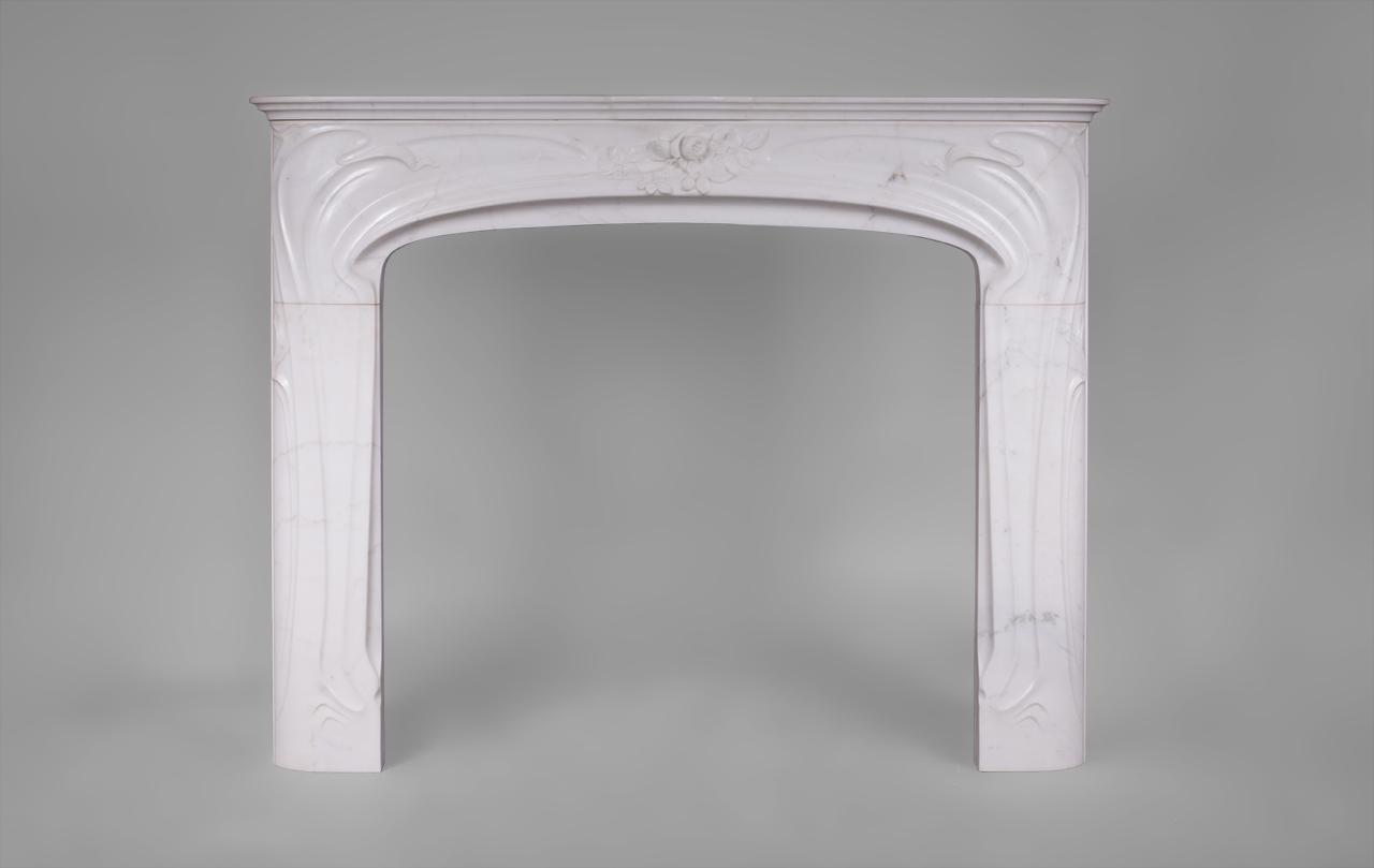 Liberty Cheminee Art Nouveau En Marbre Blanc P De Carrare