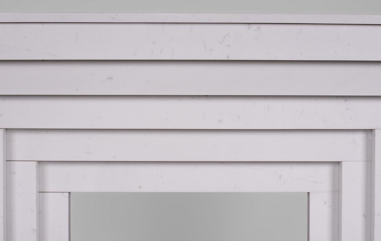 Metropolis , cheminée à gradin sur mesure en marbre blanc P de style ...
